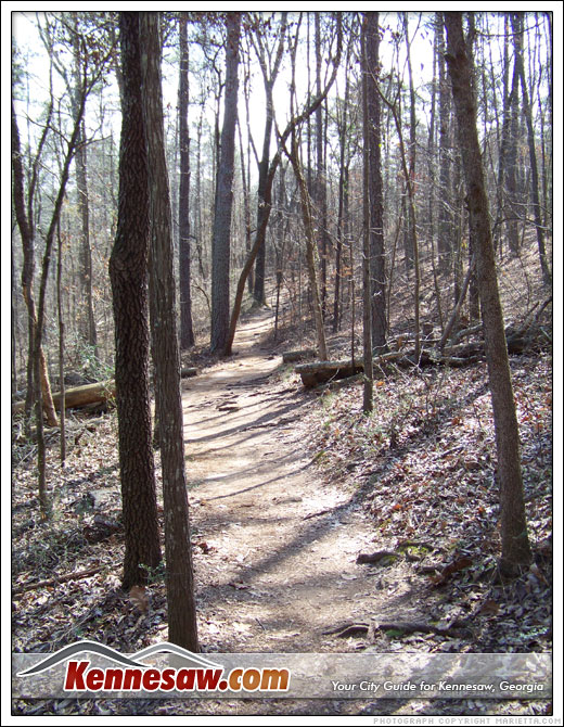 Path towards Cheetham Hill in Kennesaw Mountain National Battlefield Park